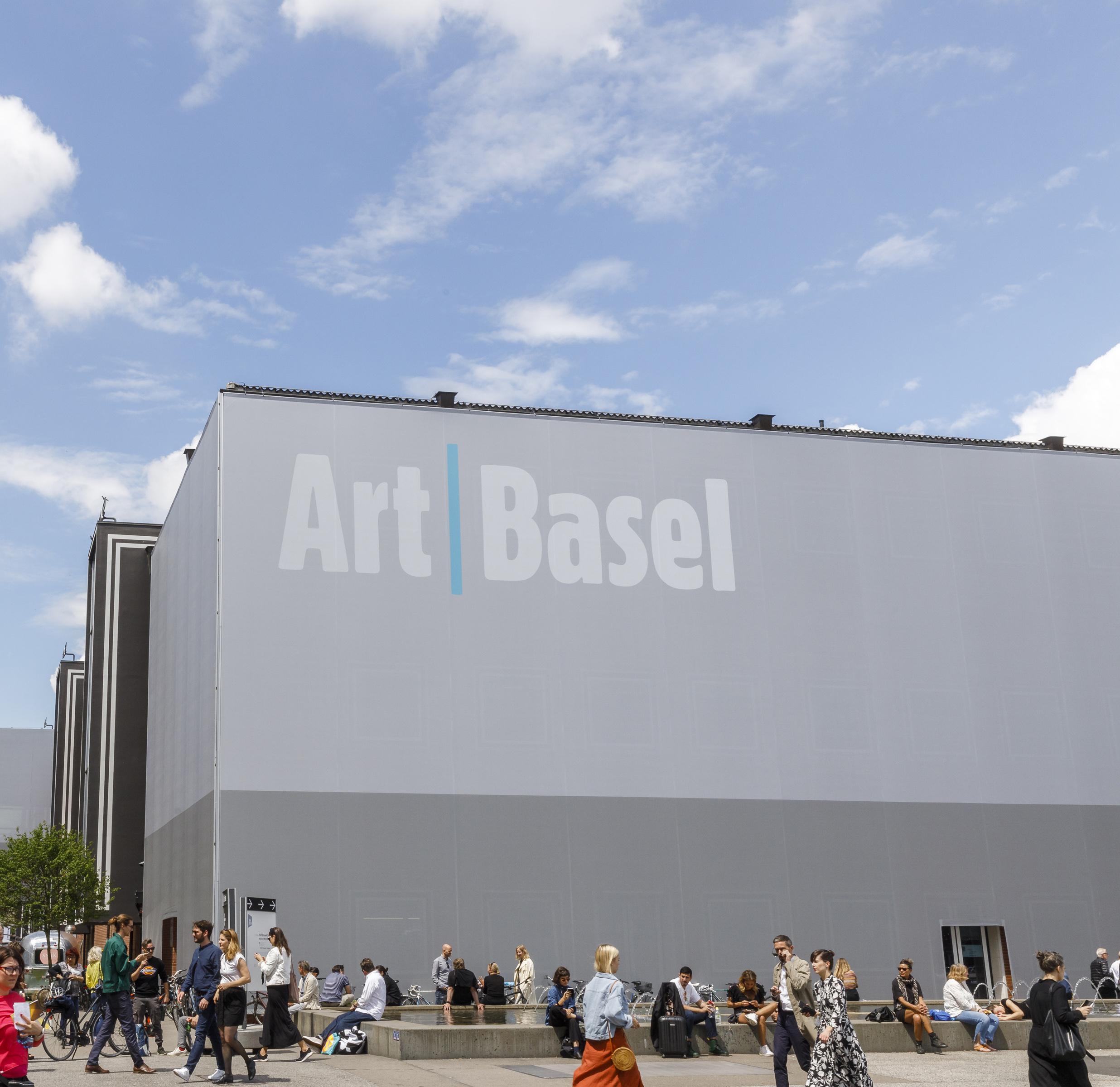 لیست گالری ها و هنرمندان شرکت کننده در آرتبازل 2020 اعلام شد.