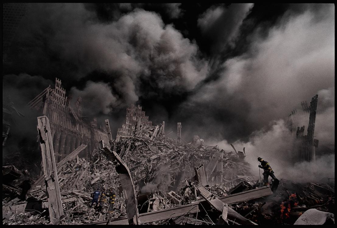 9-باقی مانده برج های دوقلو در انفجار یازده سپتامبر. 2001، آمریکا، جیمز نچوی
