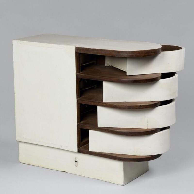 Eileen Gray, Dining room serving table (1926-29). Courtesy of Centre Pompidou, Musée national d'art moderne.
